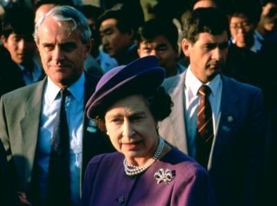 Злой гений поневоле: как один из самых близких людей Королевы едва не разрушил ее репутацию