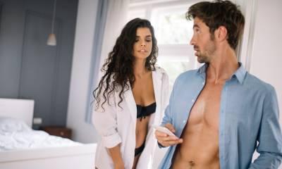 Мужская логика: почему он говорит вам, что любит, а в компании ведет себя как бабник