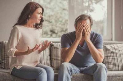 Муж половину ипотечной квартиры отписал сыну от другой женщины, вторую половину отписать дочери отказывается: «А как же я?»