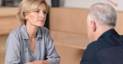 Психологи выяснили, что люди могут читать мысли — и женщины делают это лучше