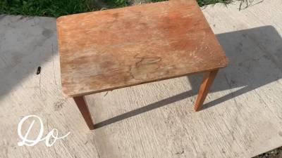 Бюджетная переделка старого столика. С работой справится каждый